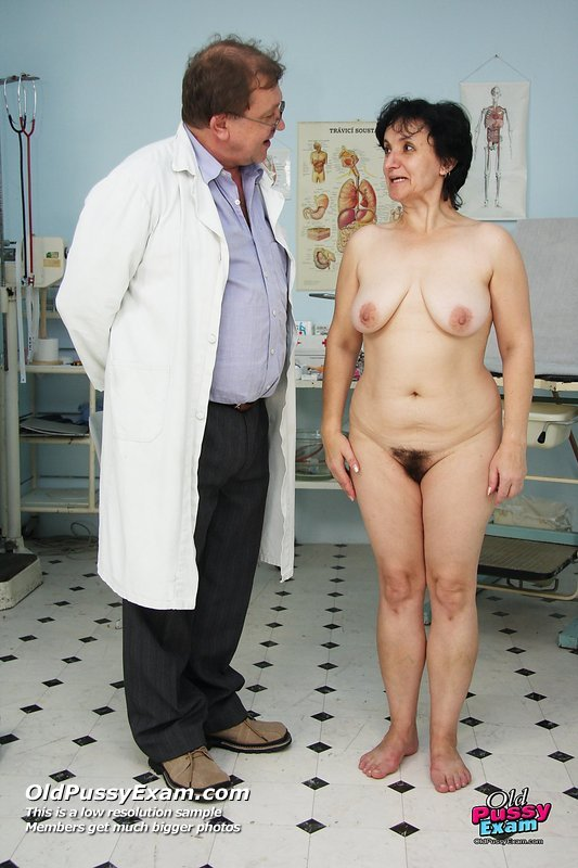 Aged skilled gynecologist and redhead electra angels 8