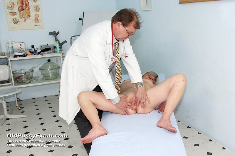 Bad Real naked women in doctors offices