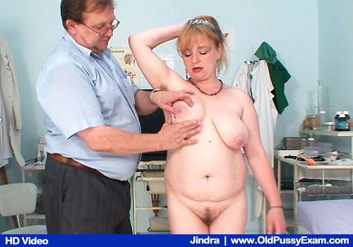 Brown-haired FATTY Jindra Shows Natural Tits and Unshaved Twat