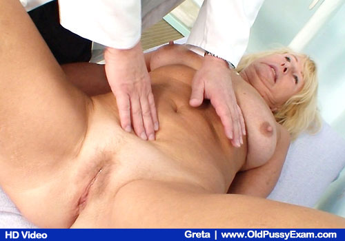Natural Aged Big-titted Chick as well as Shaved Vagina Examined by Practitioner
